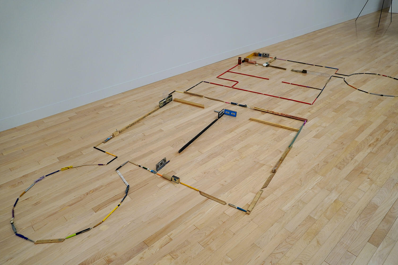 マーク・マンダース《影の習作》展示風景:東京都現代美術館