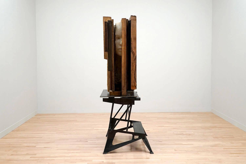 マーク・マンダース《未焼成の土の頭部》東京都現代美術館